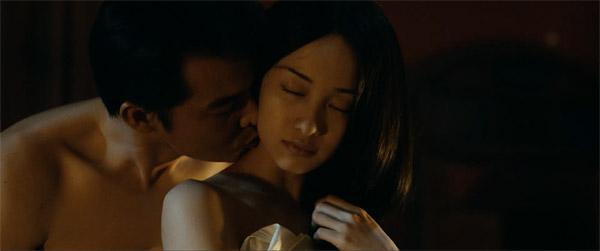 Cảnh nóng với Quách Ngọc Ngoan cũng mang lại nhiều khó khăn cho Jun Vũ.