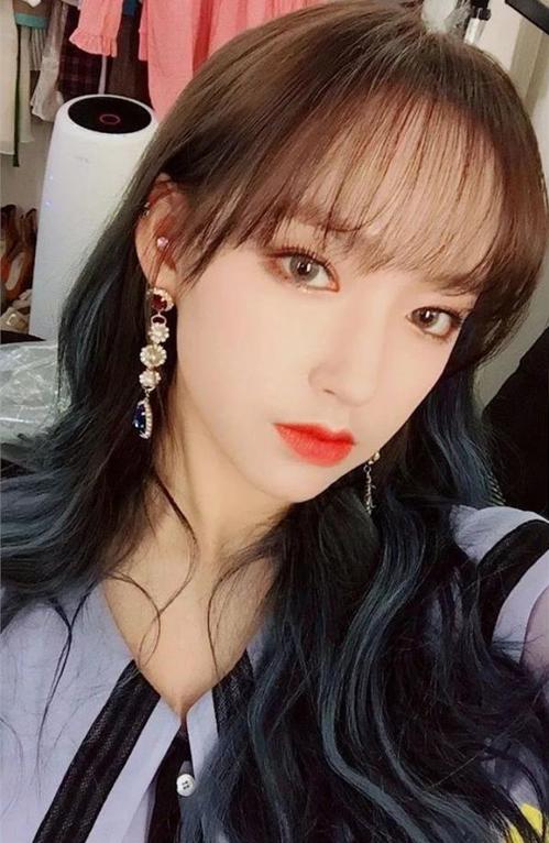 4 mẹo chăm sóc cho tóc luôn dày khỏe, bồng bềnh của các idol Hàn - 2