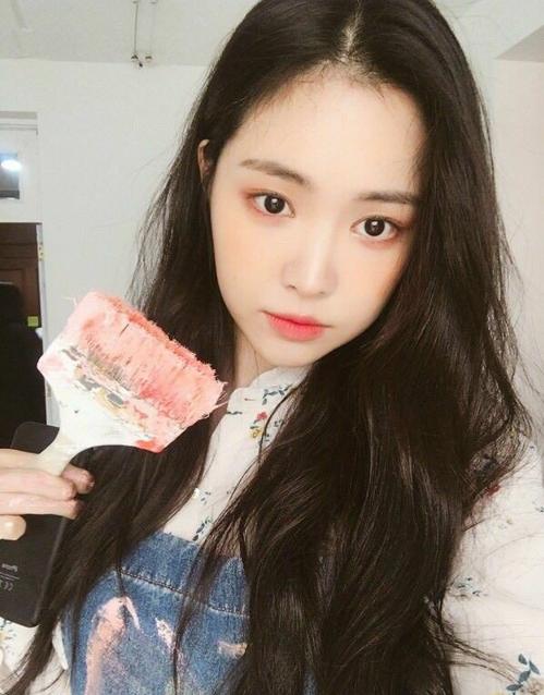4 mẹo chăm sóc cho tóc luôn dày khỏe, bồng bềnh của các idol Hàn - 5