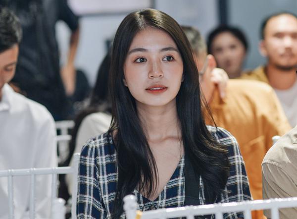 Mẫn Tiên trở lại Việt Nam sau một thời gian sang Nhật du học.