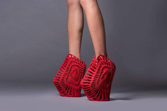 Đôi giày 3D độc đáo, chắc chỉ có Lady Gaga dám thử thôi nhỉ?