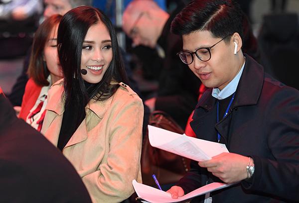 Tham gia các sự kiện lớn tại nước ngoài là cơ hội tốt để Hoa hậu Trần Tiểu Vy làm quen với môi trường quốc tế. Sự kiện sẽ góp phần giúp cô tự tin trước khi tham gia chinh chiến trong cuộc thi nhan sắc thế giới sắp tới.