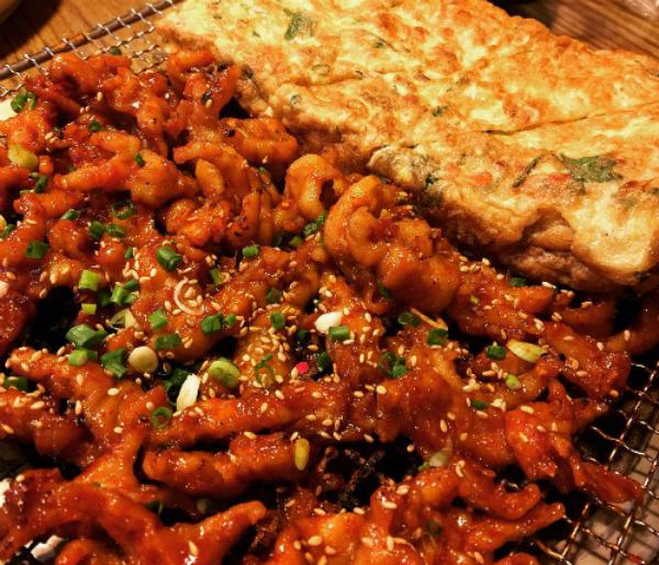 Thử thách vị giác với những món ăn siêu cay của Hàn Quốc - 1