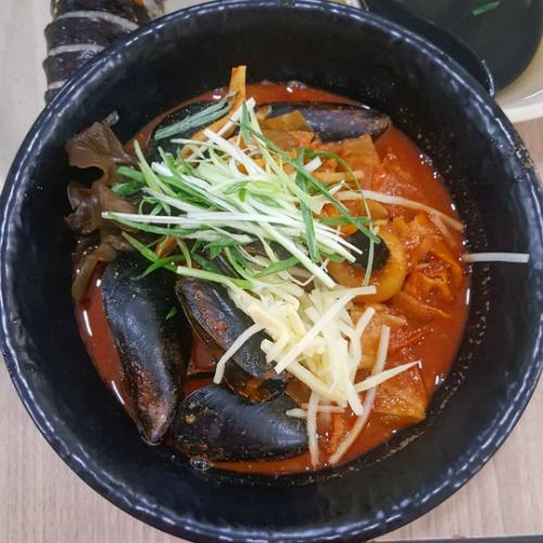 Thử thách vị giác với những món ăn siêu cay của Hàn Quốc - 6