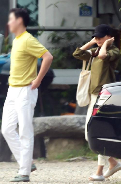 Chồng đại gia vừa trẻ vừa điển trai của các người đẹp châu Á (2)