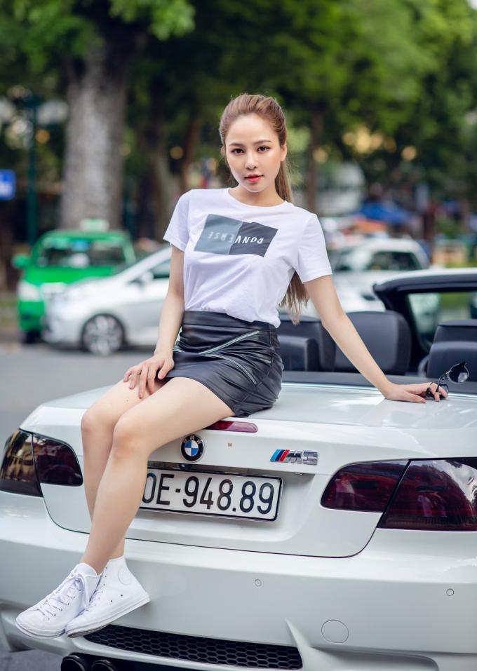 <p> Stylist: Trần Hoàng Anh, Photo: Thành Đạt, Make-up: Bảo Trâm Anh.</p>