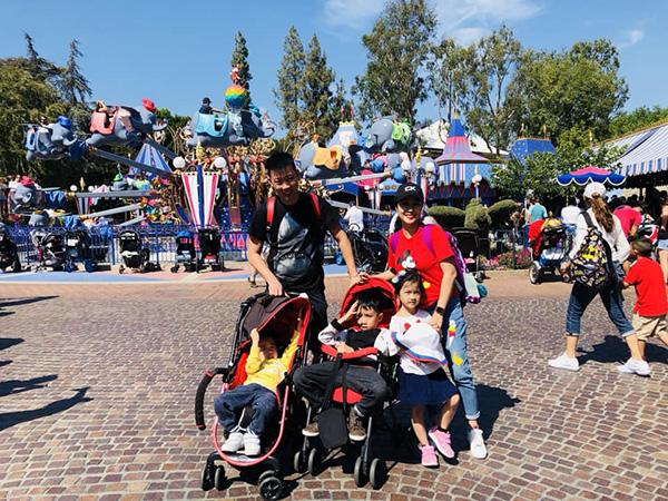 Gia đình Ốc Thanh Vân có chuyến du ngoạn ở Mỹ.