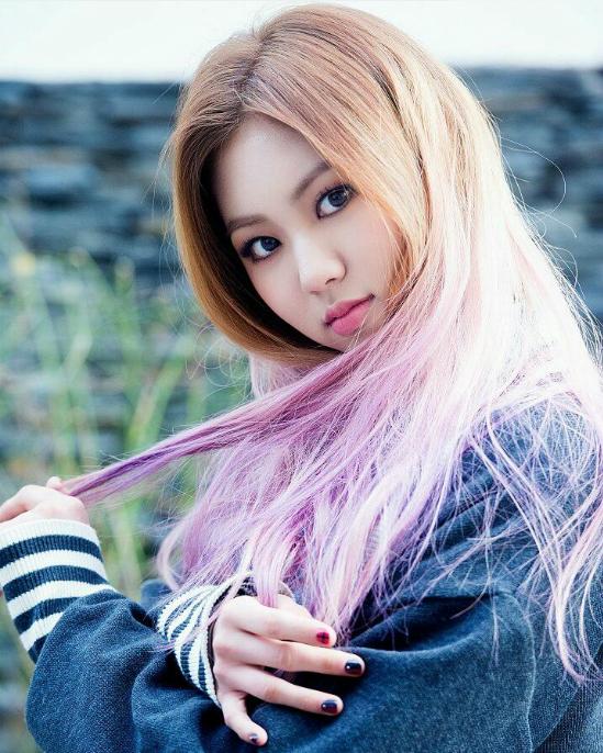 Kwon Eun Bin gây ấn tượng với vẻ đẹp cá tính, đôi mắt to tròn. Sau chương trình, nữ ca sĩ trở thành nhân tố mới của CLC. Tuy nhiên, girlgroup nhà Cube không tạo được ấn tượng. Ở show ISAC chỉ có 12 fan đến cổ vũ.