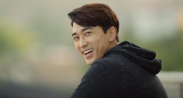 Những lý do để Tay chơi siêu đẳng của Song Seung Hun và Krystal cuốn hút đến vậy