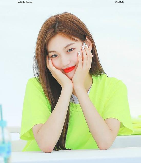 Dù ít được lên sóng nhưng Do Yeon vẫn lọt top 11 nhờ visual quá ấn tượng. Cô nàng đang hoạt động cùng Weki Meki nhưng chưa có thành tích đáng nhớ. Tuy nhiên sự nghiệp người mẫu của Do Yeon ngày càng thành công, nữ idol làm Cover Girl của nhiều tạp chí thời trang lớn.