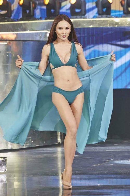 Hình ảnh trước đó của Belguun tại Hoa hậu Chuyển giới Quốc tế.