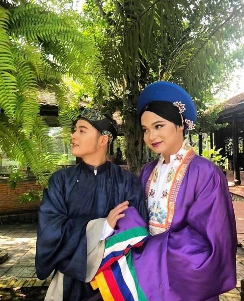Thanh Duy nhí nhảnh trong hậu trường phim Kỳ án cung Diên Thọ.