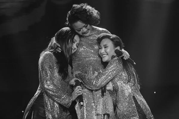 Phương Vy nói dối để kéo cả gia đình lên khấu liveshow 10 năm ca hát - 1