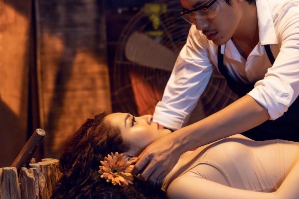 Bảo Anh hóa búp bê yêu Kiều Minh Tuấn trong MV - 1