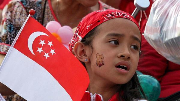 Singapore là một trong hai quốc giachâu Á để vươn lên đầu danh sách. Quốc gia này miễn thị thực đến 189 khu vực pháp lý.