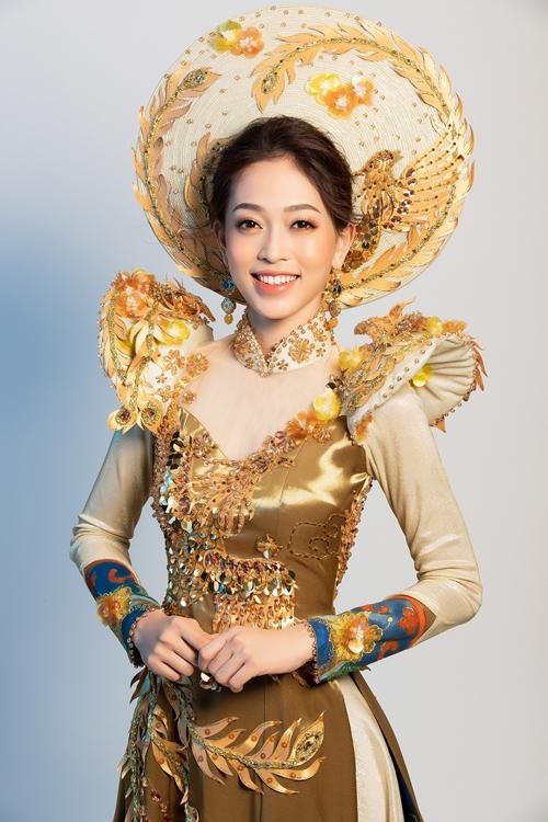 Trang phục truyền thống cầu kỳ của Phương Nga tại tại Miss Grand International 2018 - 1