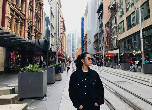 Phạm Quỳnh Anh tự thưởng cho mình một chuyến du lịch Australia để thảnh thơi tinh thần.