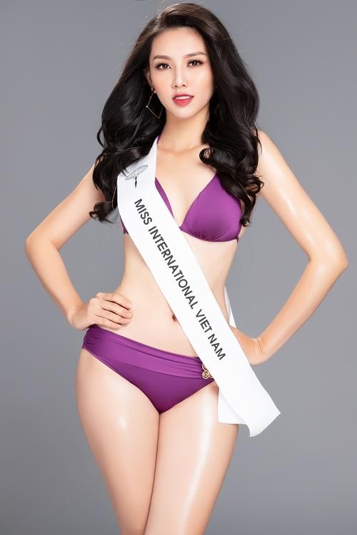 Thùy Tiên nóng bỏng với bikini trước ngày dự thi Miss International 2018 - 3