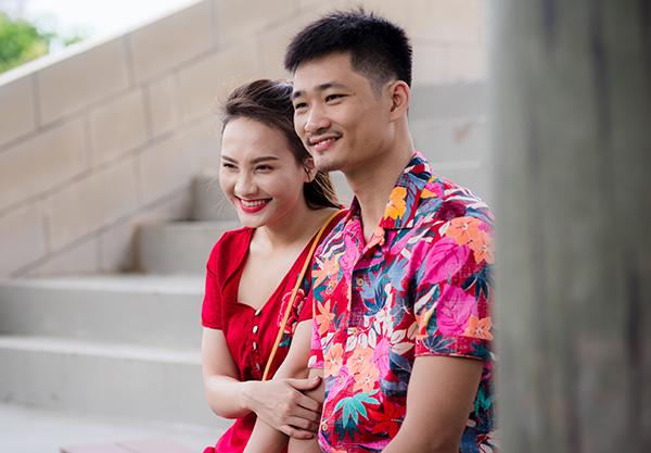 Bảo Thanh và ông xã quen nhau từ thời sinh viên. Cặp đôi thường xuyên hâm nóng tình cảm bằng những chuyến đi chơi, du lịch.