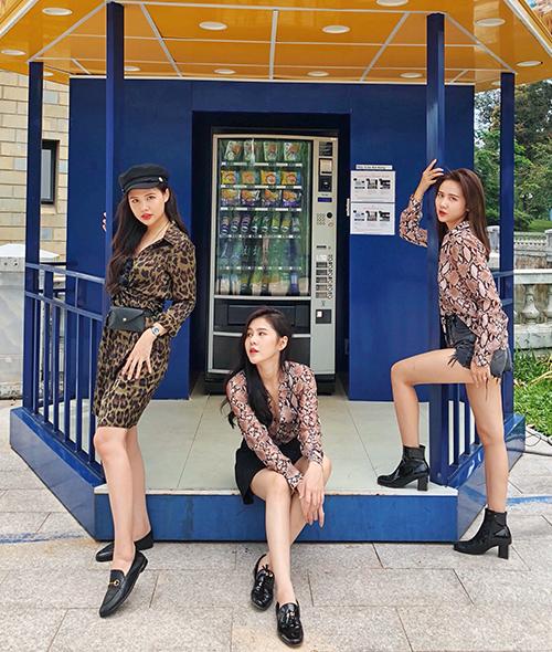 Bộ ba đình đám Phanh Lee - Huyền Lizzie - Thu Hoài diện chung dress code - 8