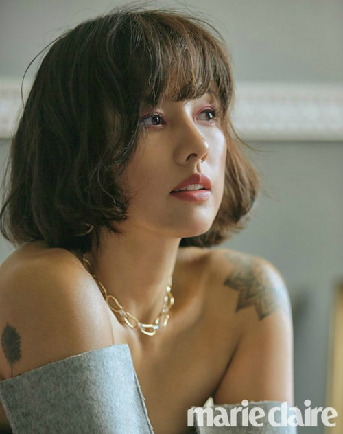 Cận cảnh góc nghiêng thần thái của Lee Hyo Ri.