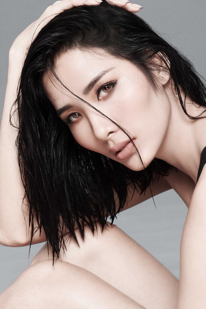 <p> Photo: Milor Trần, Makeup: Xuân Hương.</p>