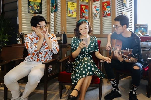 Hoàng Yến Chibi khiến fan phấn khích khi cover Hongkong 1 bản acoustic - 2