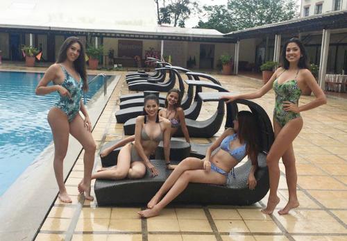 Quy tụ gần 90 thí sinh tham dự, BTC chia thí sinh thành nhiều nhóm khác nhau. Các vòng thi phụ cũng tổ chức theo nhóm riêng. Theo chia sẻ từ Phương Khánh, Miss Earth 2018 có nhiều hoạt động nên cô và các thí sinh phải di chuyển liên tục đến nhiều địa điểm ở Philippines.