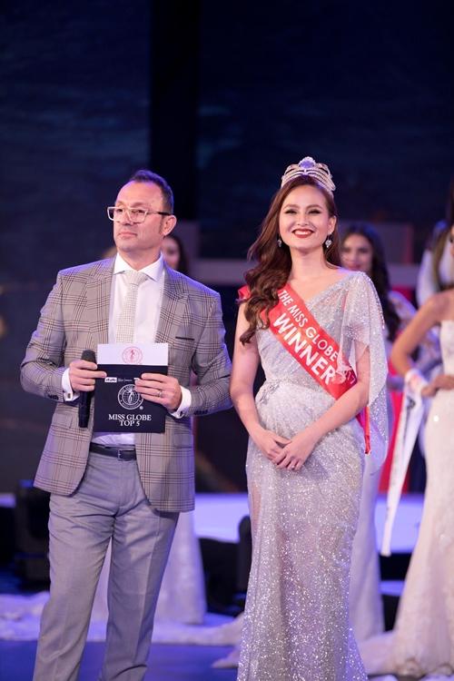 Khánh Ngân trong đêm chung kết Miss Globe 2018.