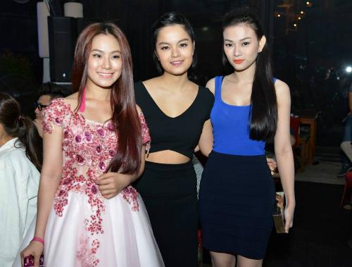 3 thành viên nhóm H.A.T (từ trái sang): Lương Bích Hữu, Phạm Quỳnh Anh, Thu Thủy.