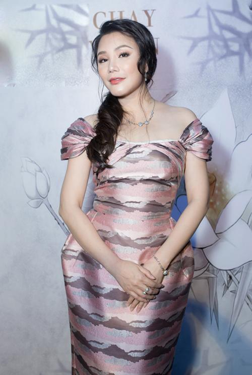 Hồ Quỳnh Hương tiết lộ lý do biến mất ở showbiz nhiều tháng qua - 1