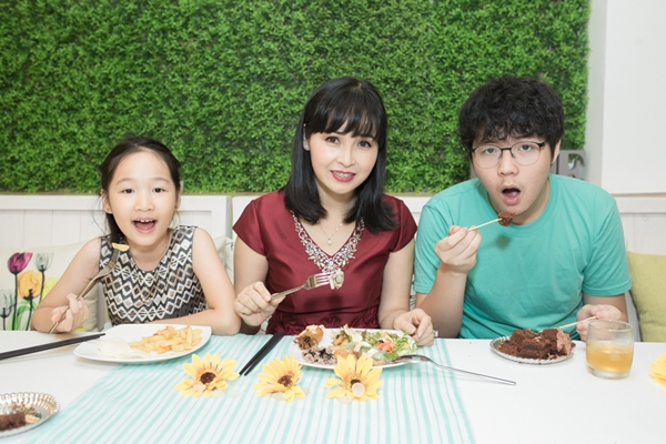 Hồ Quỳnh Hương tiết lộ lý do biến mất ở showbiz nhiều tháng qua - 3