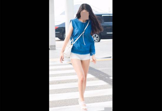 Thời trang sân bay sành điệu này là của idol nào? - 9