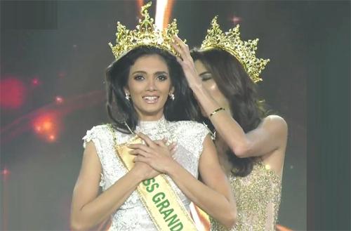 Tân Hoa hậu ngất xỉu khi đăng quang Miss Grand International 2018