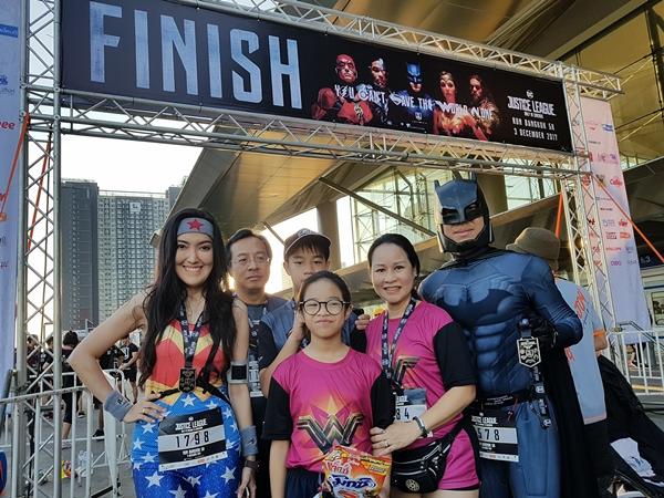 Một số hình ảnh về Justice League Night Run tại Thái Lan - 1