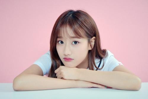 Những nhan sắc đang lên khiến cộng động fan Kpop chú ý - page 2 - 4