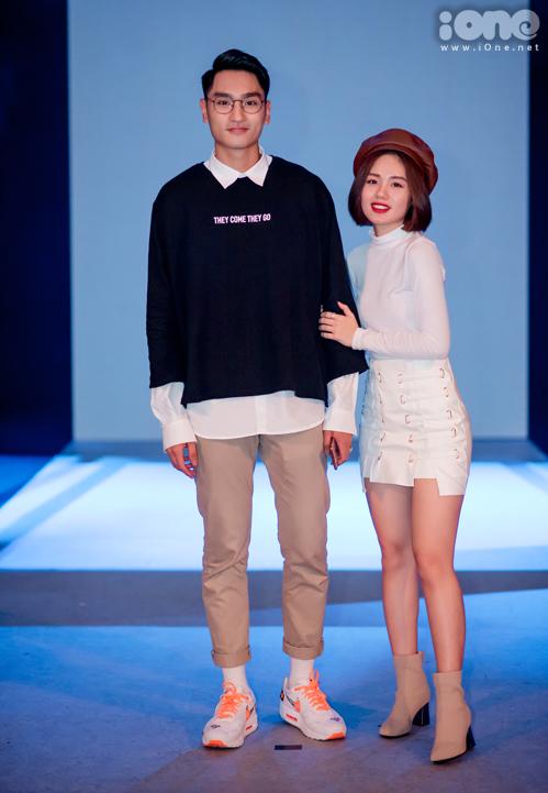 Huy Quang và Trâm Anh không tham gia biểu diễn, thay vào đó cặp đôi góp mặt trên hàng ghế đầu để ủng hộ những người bạn ở The Face.