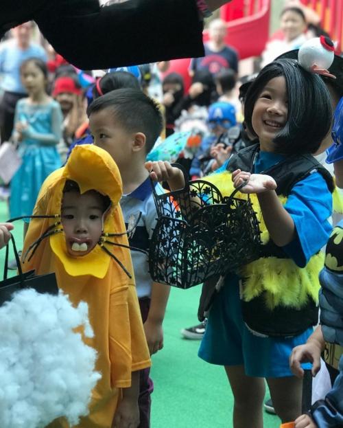 Cô bé Vô Diện xứ Đài lại gây sốt với tạo hình mới trong mùa Halloween - 3