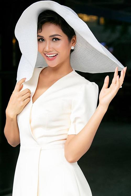 HHen Niê phải đối mặt với mùa thi Miss Universe khó khăn nhất từ trước đến nay.