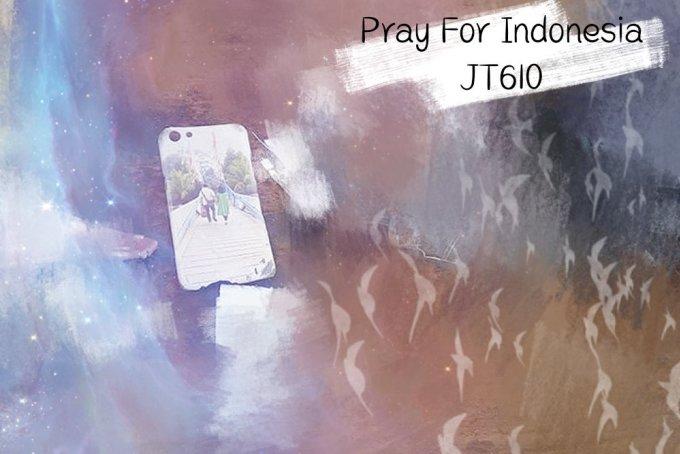 <p> Các tàu tìm kiếm cứu hộ của Indonesia đã tìm thấy điện thoại di động bị vỡ, sách, túi, thẻ căn cước, quần áo và một số mảnh vỡ từ máy bay của Lion Air. Trong ảnh, một chiếc ốp điện thoại có in hình cặp đôi nắm tay nhau được tìm thấy ở hiện trường.</p>