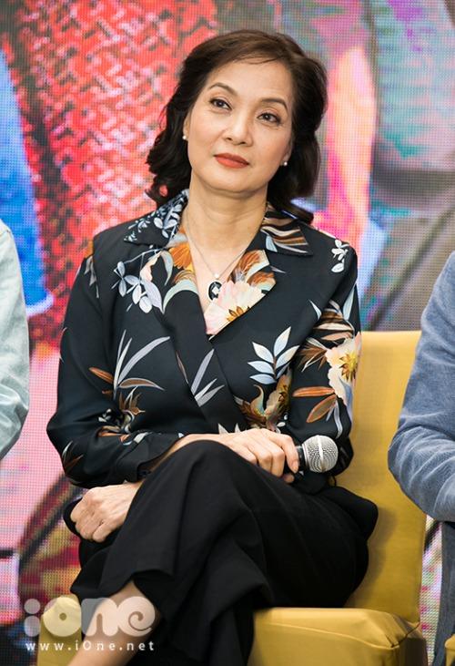 NSƯT Lê Khanh.