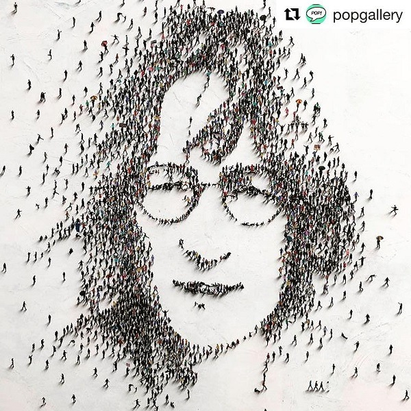 Huyền thoại John Lennon của The Beatles.