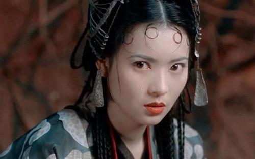 Lam Khiết Anh được mệnh danh là nhện tinh đẹp nhất màn ảnh phim Châu Tinh Trì.