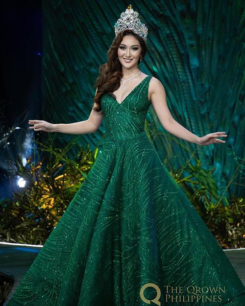 Cách trang điểm, làm tóc phù hợp giúp Hoa hậu Trái đất 2017 duyên dáng như công chúa.