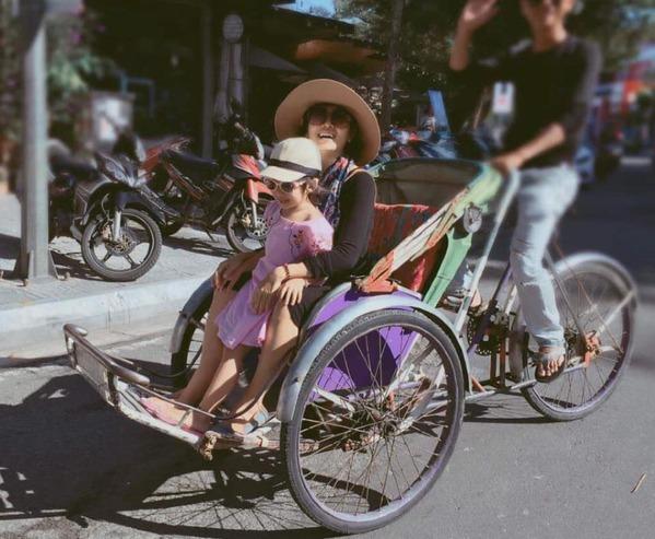 Giữa tháng 10, Mai Phương về quê nội tại Quảng Trị để dưỡng bệnh.