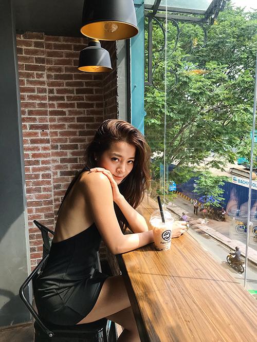 Vẻ đẹp bạn thân giật bồ Hương Giang trong MV triệu view - 6