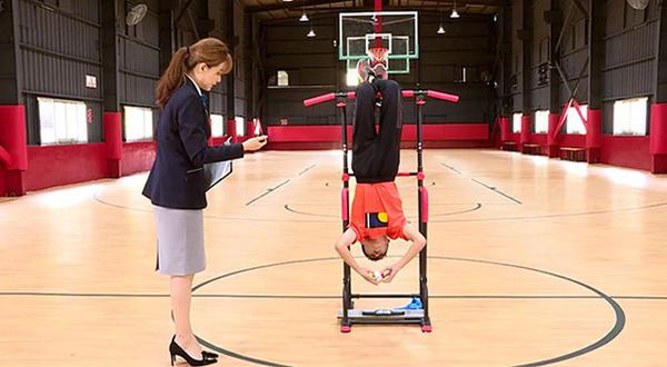 Cậu bé 13 tuổi lập hai kỷ lục Guinness thế giới về rubik - 1