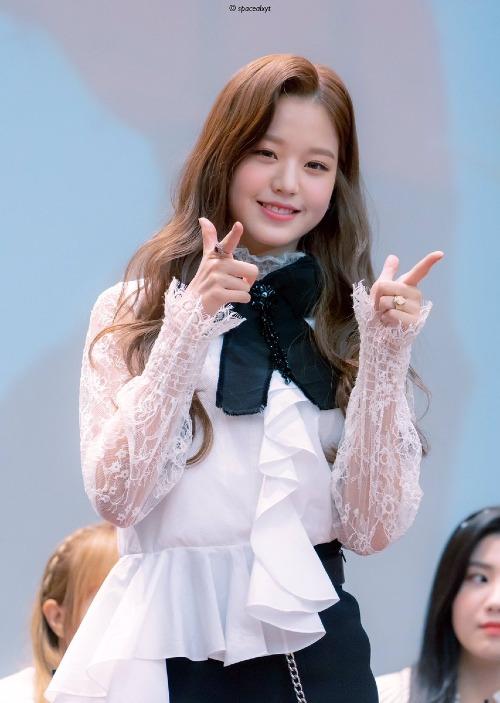 Vẻ đẹp trong sáng, đáng yêu của tiểu mỹ nhân Won Young rất được lòng fan Hàn.