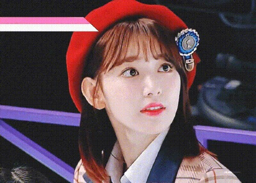 Nhiều fan nhận xét, vẻ đẹp Sakuraluôn toát lên sựtươi tắn, tràn đầy năng lượng như một viên kẹo vitamin giúp khán giả vui vẻ, hạnh phúc.