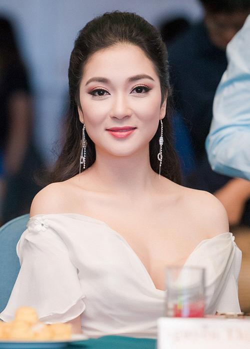 5 hoa hậu, á hậu Việt Nam đã nhận bằng thạc sĩ - 1